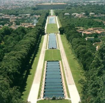 Passeggiata nel bosco incantato l 39 intervallo salesiano - Reggia di caserta giardini ...